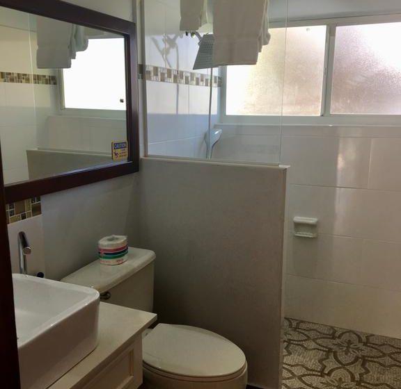 Standard Room Bathroom 3